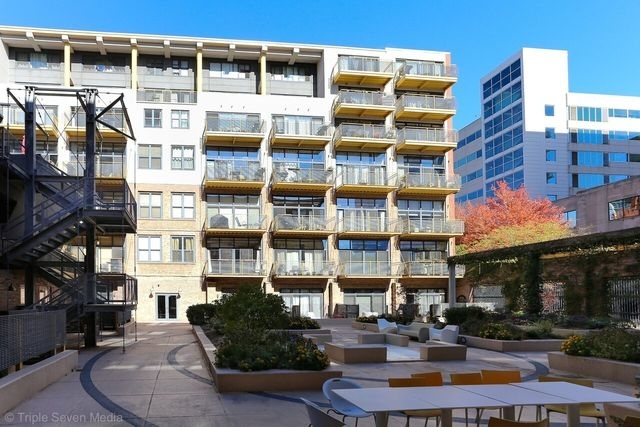 2 Bedrooms, Prairie District Rental in Chicago, IL for $2,125 - Photo 1