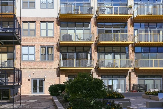 2 Bedrooms, Prairie District Rental in Chicago, IL for $2,125 - Photo 2