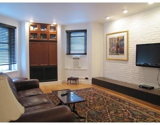 1 Bedroom, Back Bay East Rental in Boston, MA for $3,500 - Photo 2