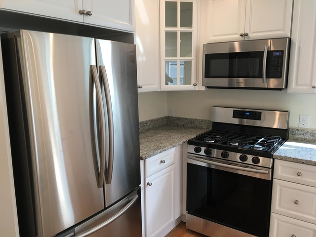 3 Bedrooms, Newton Upper Falls Rental in Boston, MA for $2,600 - Photo 1