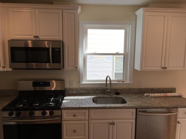 3 Bedrooms, Newton Upper Falls Rental in Boston, MA for $2,600 - Photo 2
