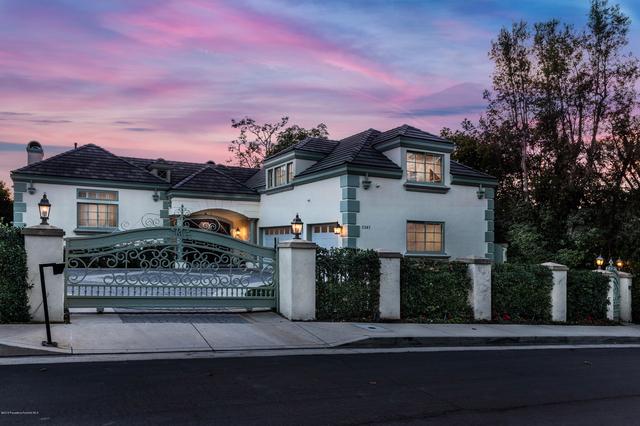 7 Bedrooms, Bel Air Rental in Los Angeles, CA for $25,000 - Photo 2
