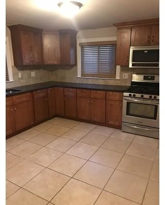 2 Bedrooms, Quincy Center Rental in Boston, MA for $1,950 - Photo 2