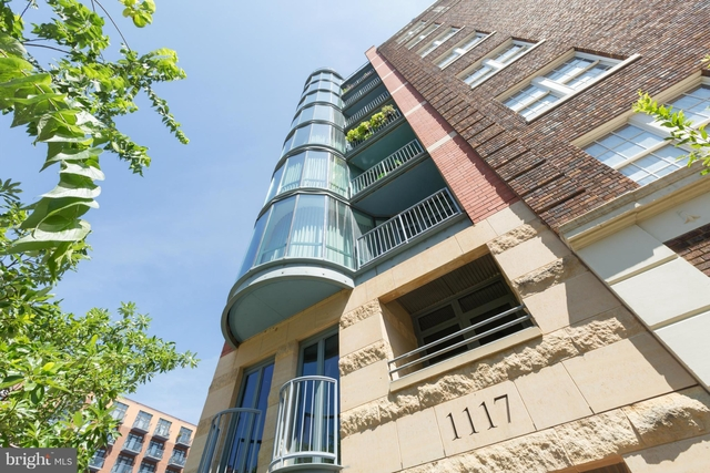 2 Bedrooms, Mount Vernon Square Rental in Washington, DC for $4,000 - Photo 1
