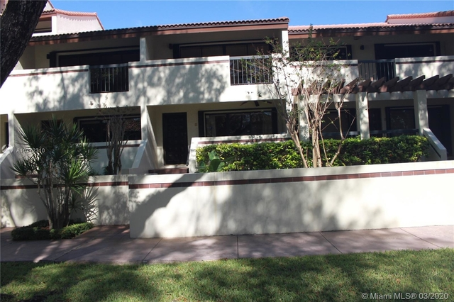 2 Bedrooms, Coral Gables Rental in Miami, FL for $2,600 - Photo 2