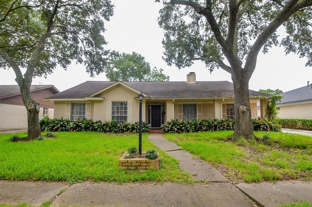4 Bedrooms, Maplewood West Rental in Houston for $1,750 - Photo 1