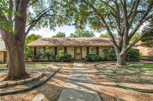 4 Bedrooms, Valley View Rental in Dallas for $2,300 - Photo 1