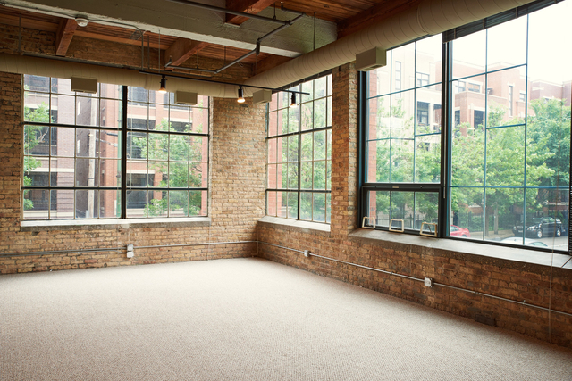 2 Bedrooms, River West Rental in Chicago, IL for $2,650 - Photo 2