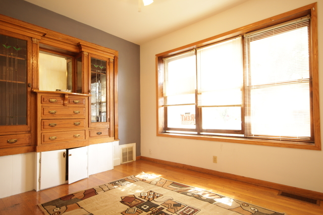 2 Bedrooms, Andersonville Rental in Chicago, IL for $1,300 - Photo 2