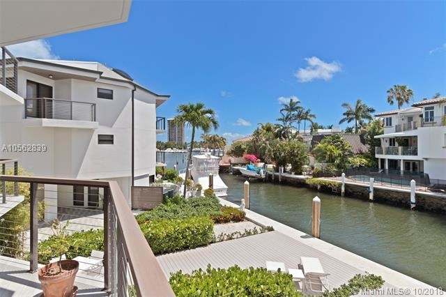 2 Bedrooms, Silver Bluff East Rental in Miami, FL for $7,400 - Photo 2