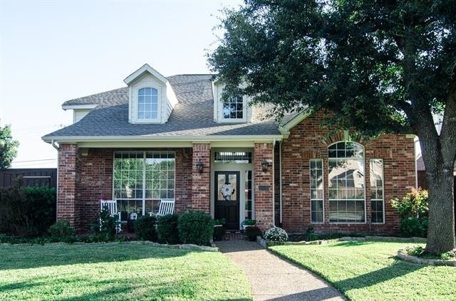 4 Bedrooms, Wyndemere Rental in Dallas for $3,000 - Photo 2