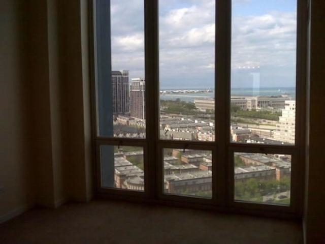 2 Bedrooms, Prairie District Rental in Chicago, IL for $2,200 - Photo 2
