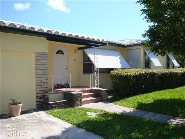 3 Bedrooms, Altos Del Mar Rental in Miami, FL for $2,800 - Photo 1