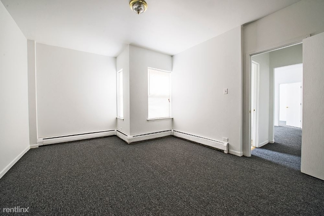 2 Bedrooms, South Shore Rental in Chicago, IL for $780 - Photo 1