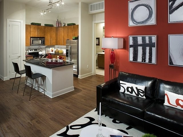 1 Bedroom, Crescent at Parkway Rental in Houston for $1,063 - Photo 2