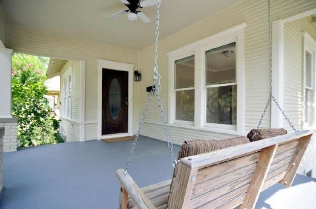 3 Bedrooms, Vickery Place Rental in Dallas for $2,595 - Photo 2