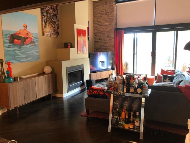 1 Bedroom, Lathrop Rental in Chicago, IL for $2,000 - Photo 2