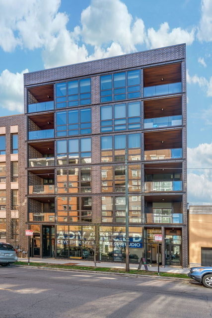 3 Bedrooms, Goose Island Rental in Chicago, IL for $5,800 - Photo 1