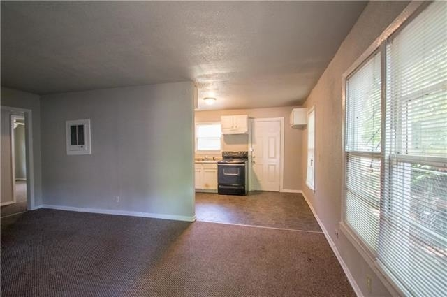2 Bedrooms, Lakeview West Rental in Dallas for $795 - Photo 1