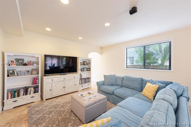 3 Bedrooms, Coral Way Rental in Miami, FL for $3,150 - Photo 1