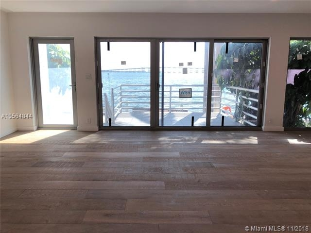 2 Bedrooms, Millionaire's Row Rental in Miami, FL for $4,600 - Photo 2