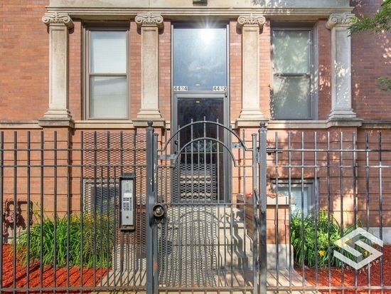 2 Bedrooms, Grand Boulevard Rental in Chicago, IL for $1,750 - Photo 1