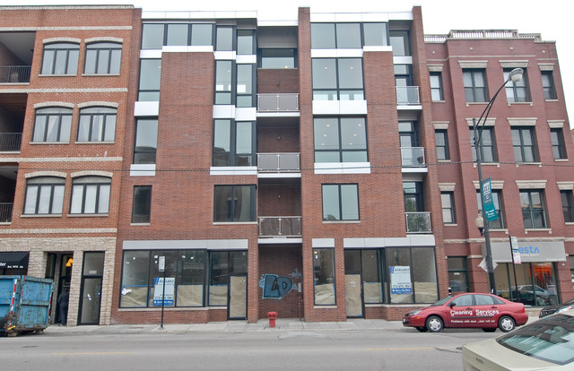 3 Bedrooms, Wrightwood Rental in Chicago, IL for $4,800 - Photo 1