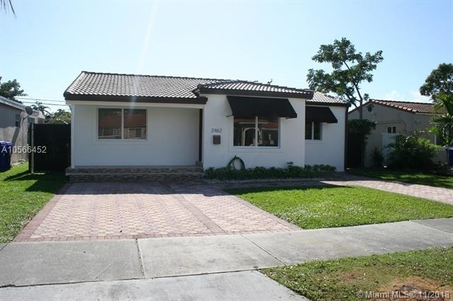 3 Bedrooms, Coral Way Rental in Miami, FL for $2,500 - Photo 2