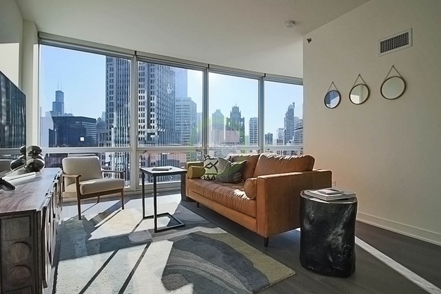 1 Bedroom, Streeterville Rental in Chicago, IL for $2,217 - Photo 2