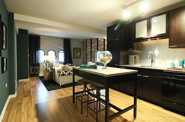 2 Bedrooms, The Loop Rental in Chicago, IL for $3,000 - Photo 1