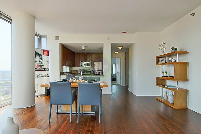 2 Bedrooms, South Loop Rental in Chicago, IL for $3,743 - Photo 2