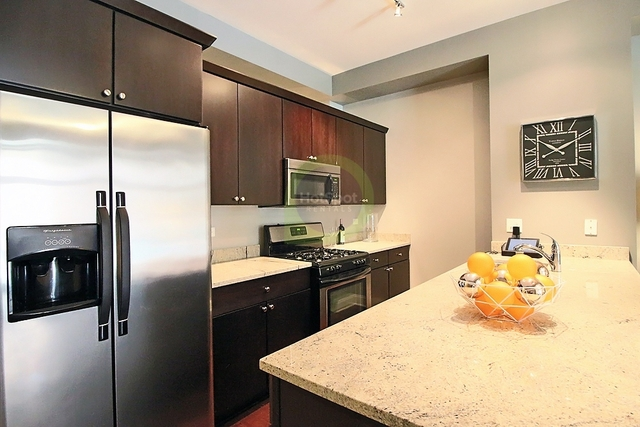 2 Bedrooms, South Loop Rental in Chicago, IL for $2,030 - Photo 1
