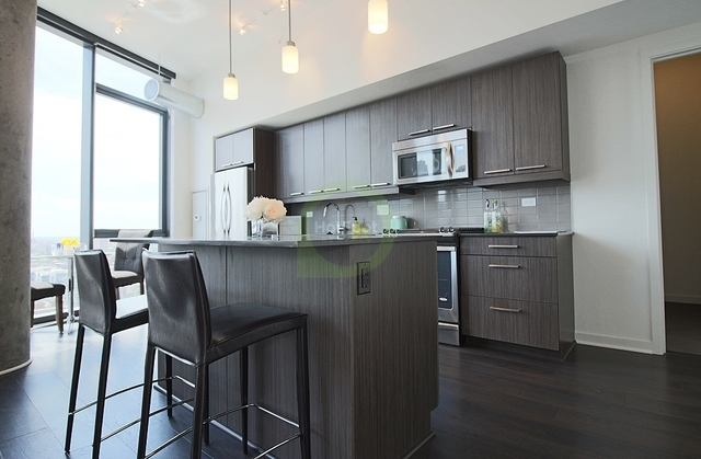 3 Bedrooms, Fulton Market Rental in Chicago, IL for $4,125 - Photo 2