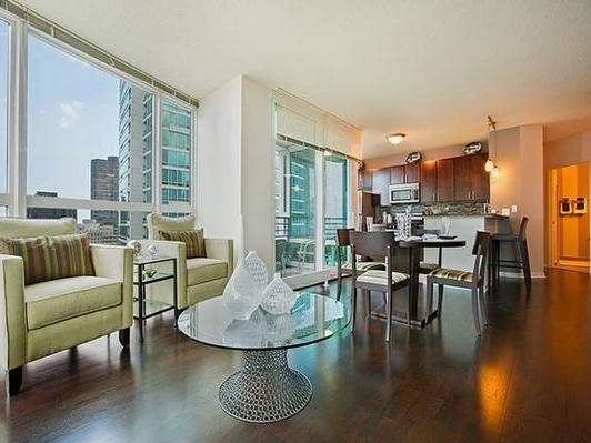 1 Bedroom, Gold Coast Rental in Chicago, IL for $1,914 - Photo 2
