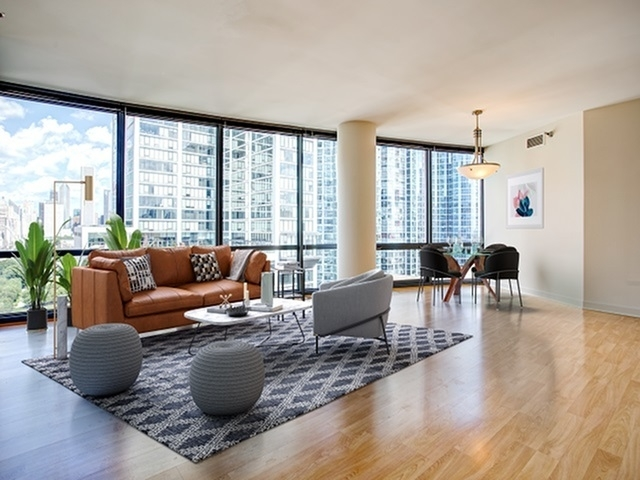 3 Bedrooms, South Loop Rental in Chicago, IL for $2,817 - Photo 1