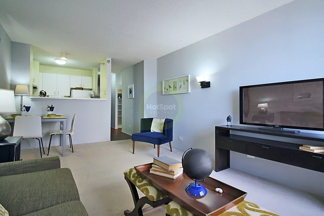 1 Bedroom, Gold Coast Rental in Chicago, IL for $1,536 - Photo 2