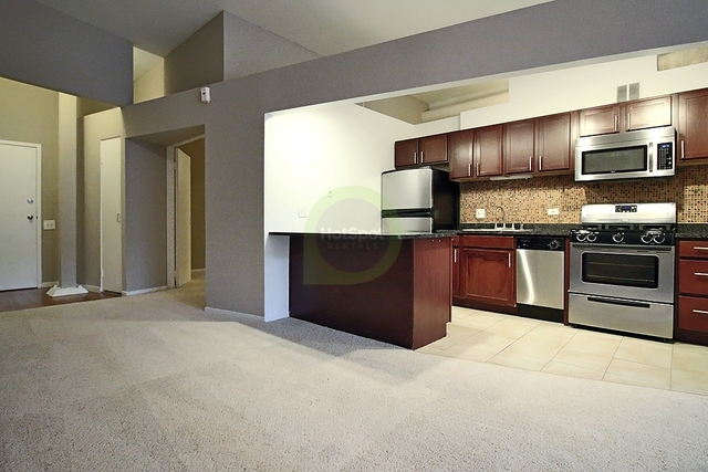 1 Bedroom, Old Town Rental in Chicago, IL for $2,295 - Photo 1