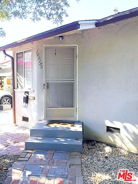 1 Bedroom, Mid-Town North Hollywood Rental in Los Angeles, CA for $2,000 - Photo 2