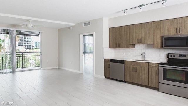 2 Bedrooms, Country Club Rental in Miami, FL for $1,870 - Photo 1