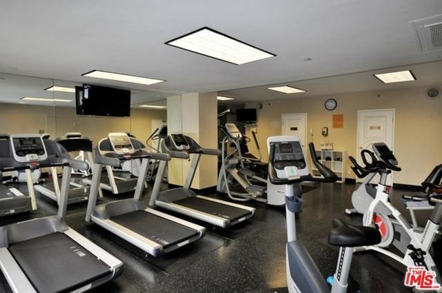 2 Bedrooms, Westwood Rental in Los Angeles, CA for $6,795 - Photo 1