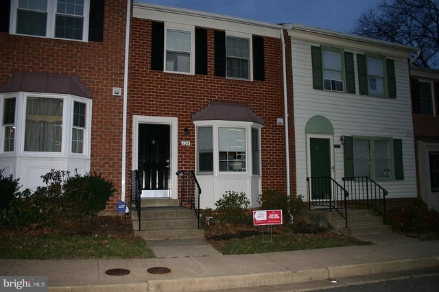3 Bedrooms, Penrose Rental in Washington, DC for $2,600 - Photo 1