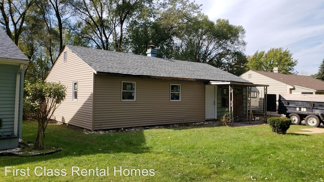 3 Bedrooms, Marshalltown Rental in Chicago, IL for $750 - Photo 1