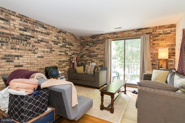 2 Bedrooms, Sheffield Rental in Chicago, IL for $2,395 - Photo 2