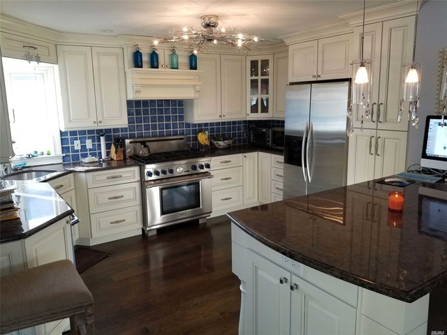 4 Bedrooms, Presidents Streets Rental in Long Island, NY for $4,200 - Photo 2