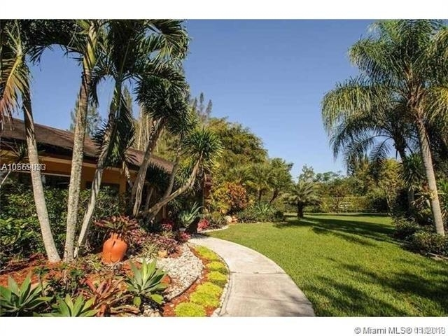 3 Bedrooms, Royal Palm Trail Rental in Miami, FL for $3,950 - Photo 2