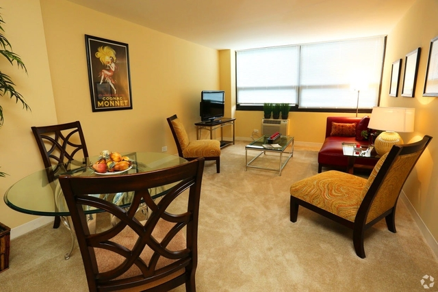 3 Bedrooms, Margate Park Rental in Chicago, IL for $1,775 - Photo 2