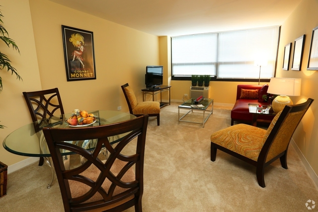 2 Bedrooms, Margate Park Rental in Chicago, IL for $1,425 - Photo 2