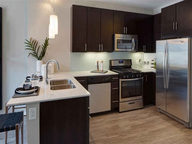 Studio, West Loop Rental in Chicago, IL for $2,068 - Photo 2