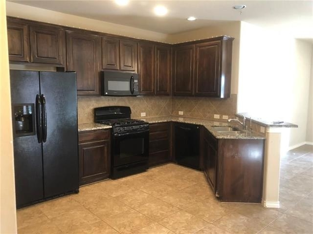 3 Bedrooms, Saddle Club Rental in Dallas for $1,750 - Photo 1