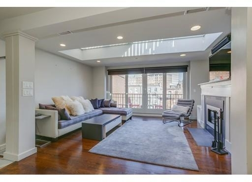 3 Bedrooms, Columbus Rental in Boston, MA for $9,000 - Photo 1